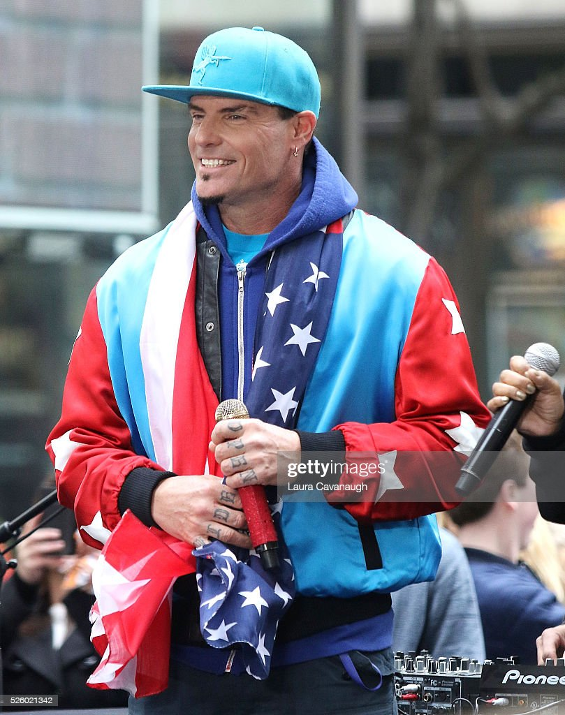 <a gi-track='captionPersonalityLinkClicked' href=/galleries/search?phrase=Vanilla+Ice&family=editorial&specificpeople=228351 ng-click='$event.stopPropagation()'>Vanilla Ice</a> performs on NBC's 'Today' at Rockefeller Plaza on April 29, 2016 in New York City.