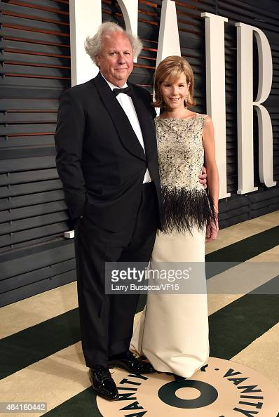 Vanity Fair EditorinChief Graydon Carter and Anna Scott attend the 2015 Vanity Fair Oscar Party hosted by Graydon Carter at the Wallis Annenberg...