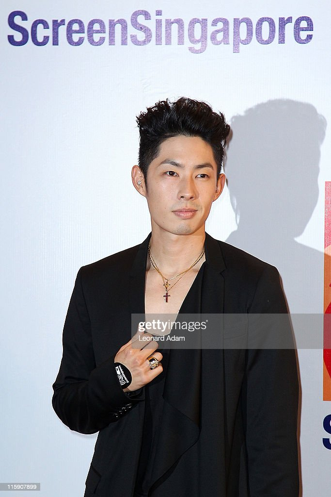 <a gi-track='captionPersonalityLinkClicked' href=/galleries/search?phrase=Vanness+Wu&family=editorial&specificpeople=644546 ng-click='$event.stopPropagation()'>Vanness Wu</a> arrives at the gala premiere of 'Larry Crowne' on the closing night of ScreenSingapore 2011 on June 11, 2011 in Singapore.