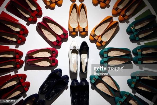salvatore ferragamo spa Acquista ora la nuova collezione salvatore ferragamo per donna, uomo e bambino scopri le borse, scarpe, cinture e accessori dell'ultima collezione.