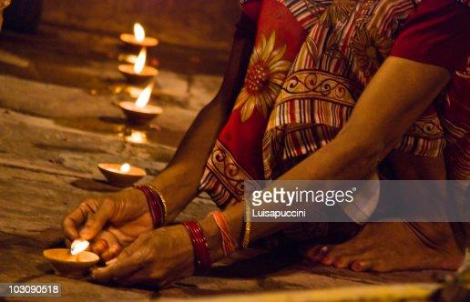 Varanasi, night puja : Foto de stock