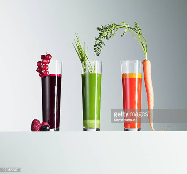 Variedade de sumos de frutos e de produtos hortícolas