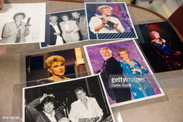 TORONTO ON NOVEMBER Various photographs of Anne Murray and friends Anne Murray donated a one of a kind collection to the University of Toronto this...