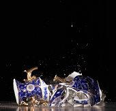 Vase shattering