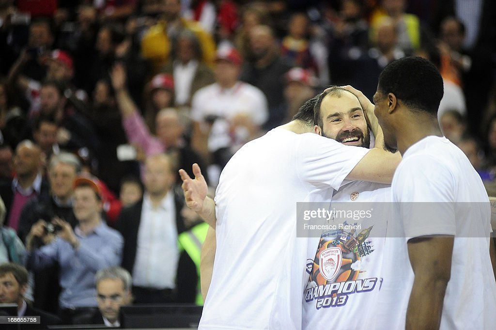 <a gi-track='captionPersonalityLinkClicked' href=/galleries/search?phrase=Vassilis+Spanoulis&family=editorial&specificpeople=704857 ng-click='$event.stopPropagation()'>Vassilis Spanoulis</a>, #7 of Olympiacos Piraeus during the Turkish Airlines EuroLeague Final Four 2013 Champions Awards Ceremony at O2 Arena on May 12, 2013 in London, United Kingdom.