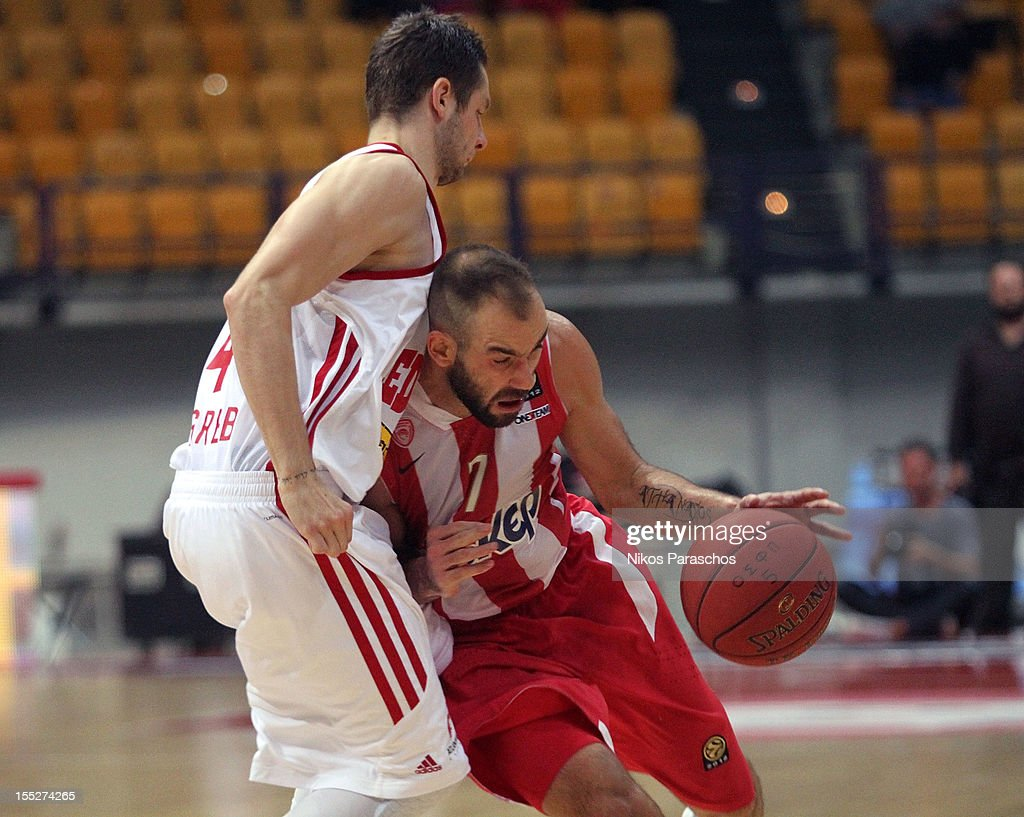 <a gi-track='captionPersonalityLinkClicked' href=/galleries/search?phrase=Vassilis+Spanoulis&family=editorial&specificpeople=704857 ng-click='$event.stopPropagation()'>Vassilis Spanoulis</a>, #7 of Olympiacos Piraeus in action during the 2012-2013 Turkish Airlines Euroleague Regular Season Game Day 4 between Olympiacos Piraeus v Cedevita Zagreb at Peace and Friendship Stadium on November 2, 2012 in Athens, Greece.