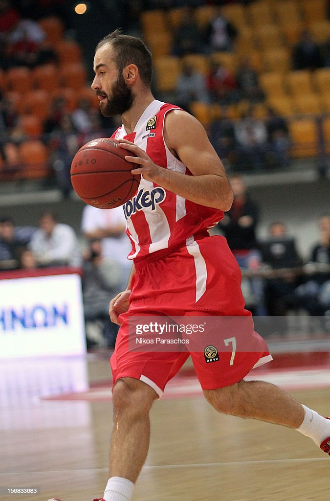 <a gi-track='captionPersonalityLinkClicked' href=/galleries/search?phrase=Vassilis+Spanoulis&family=editorial&specificpeople=704857 ng-click='$event.stopPropagation()'>Vassilis Spanoulis</a>, #7 of Olympiacos Piraeus in action during the 2012-2013 Turkish Airlines Euroleague Regular Season Game Day 7 between Olympiacos Piraeus v Anadolu EFES Istanbul at Peace and Friendship Stadium on November 22, 2012 in Athens, Greece.