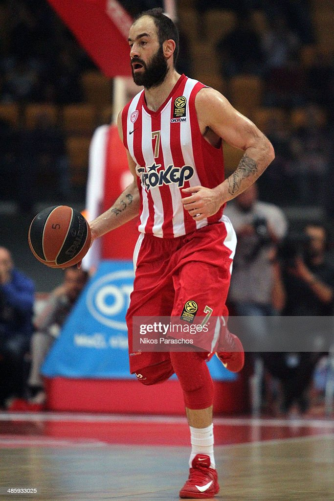 <a gi-track='captionPersonalityLinkClicked' href=/galleries/search?phrase=Vassilis+Spanoulis&family=editorial&specificpeople=704857 ng-click='$event.stopPropagation()'>Vassilis Spanoulis</a>, #7 of Olympiacos Piraeus in action during the Turkish Airlines Euroleague Basketball Play Off Game 3 between Olympiacos Piraeus v Real Madrid at Peace and Friendship Stadium on April 21, 2014 in Athens, Greece.