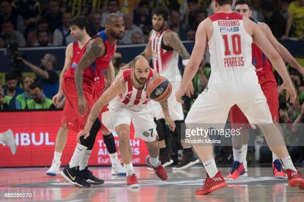 Vassilis Spanoulis #7 of Olympiacos Piraeus in action during the Turkish Airlines EuroLeague Final Four Semifinal B game between CSKA Moscow v...