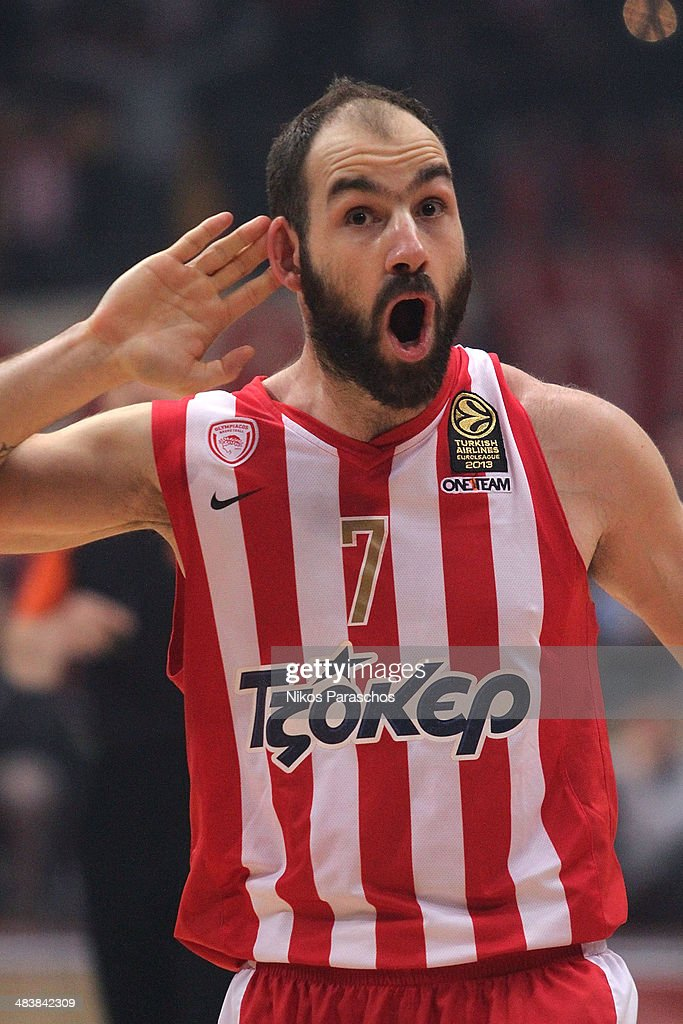 <a gi-track='captionPersonalityLinkClicked' href=/galleries/search?phrase=Vassilis+Spanoulis&family=editorial&specificpeople=704857 ng-click='$event.stopPropagation()'>Vassilis Spanoulis</a>, #7 of Olympiacos Piraeus react during the 2013-2014 Turkish Airlines Euroleague Top 16 Date 14 game between Olympiacos Piraeus v Panathinaikos Athens at Peace and Friendship Stadium on April 10, 2014 in Athens, Greece.
