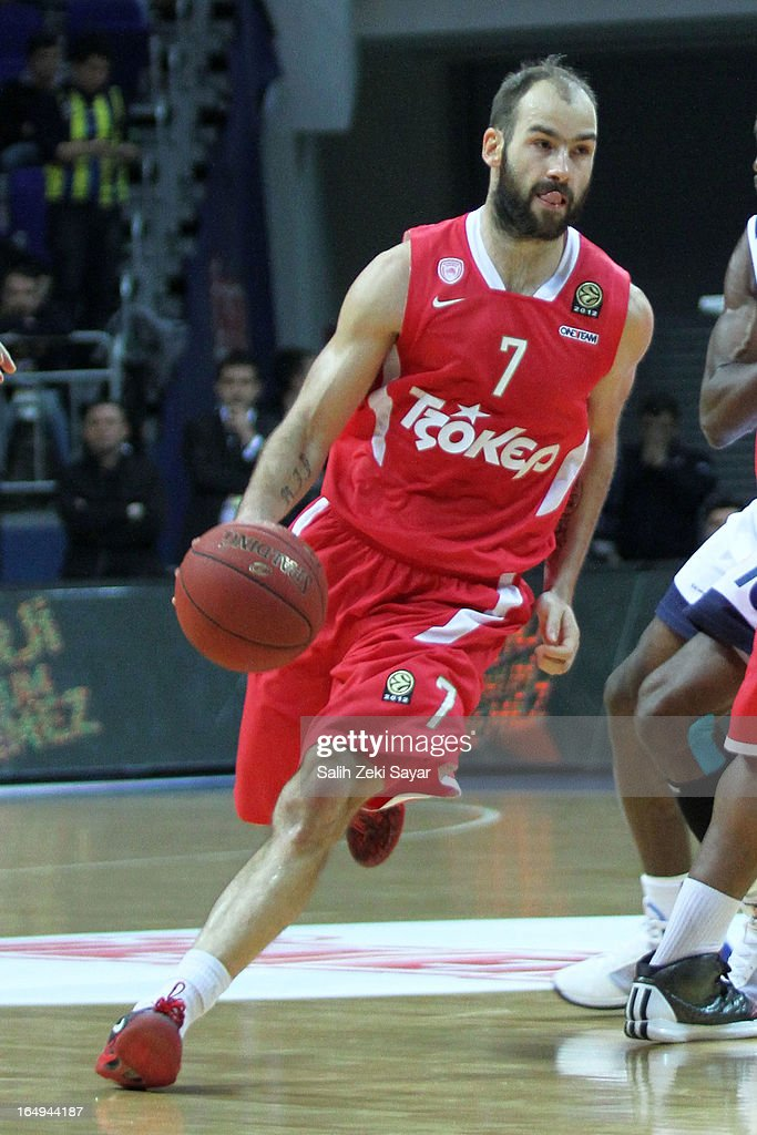 <a gi-track='captionPersonalityLinkClicked' href=/galleries/search?phrase=Vassilis+Spanoulis&family=editorial&specificpeople=704857 ng-click='$event.stopPropagation()'>Vassilis Spanoulis</a> #7 of Olympiacos Piraeus in action during the 2012-2013 Turkish Airlines Euroleague Top 16 Date 13 between Fenerbahce Ulker Istanbul v Olympiacos Piraeus at Fenerbahce Ulker Sports Arena on March 29, 2013 in Istanbul, Turkey.