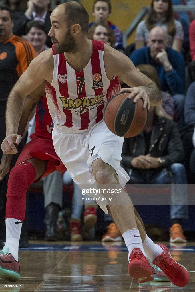 Vassilis Spanoulis #7 of Olympiacos Piraeus in action during the Turkish Airlines Euroleague Basketball Top 16 Round 7 game between CSKA Moscow v Olympiacos Piraeus at Megasport Arena on February 12, 2016 in Moscow, Russia.