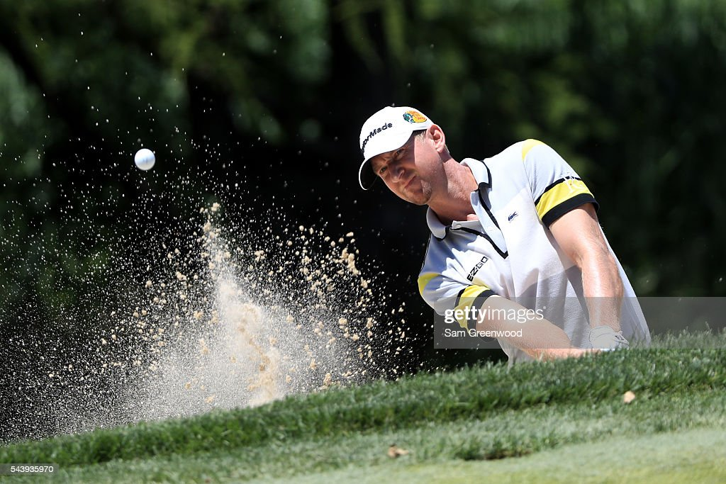 <a gi-track='captionPersonalityLinkClicked' href=/galleries/search?phrase=Vaughn+Taylor&family=editorial&specificpeople=578832 ng-click='$event.stopPropagation()'>Vaughn Taylor</a> plays a shot from a bunker on the fifth hole during the first round of the World Golf Championships - Bridgestone Invitational at Firestone Country Club South Course on June 30, 2016 in Akron, Ohio.