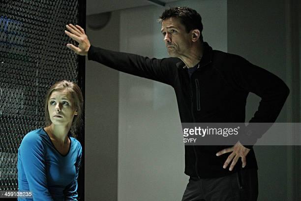 HELIX 'Vector' Episode 102 Pictured Jordan Hayes as Dr Sarah Jordan Billy Campbell as Dr Alan Farragut