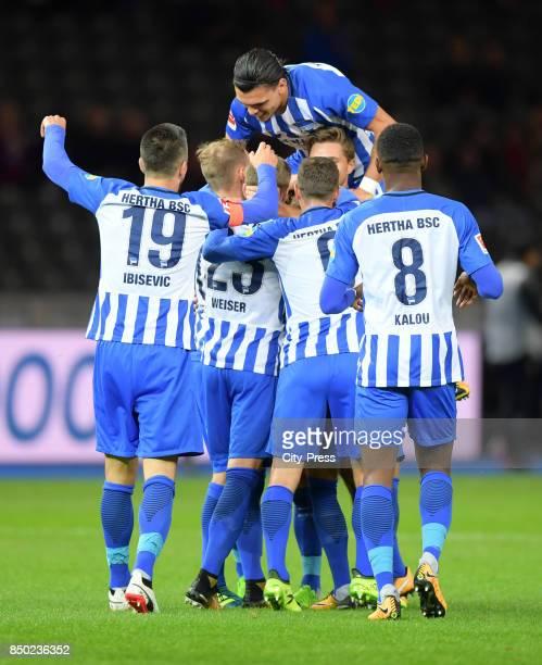 Vedad Ibisevic Mitchell Weiser Karim Rekik Vladimir Darida and Salomon Kalou of Hertha BSC celebrate after scoring the 10 during the game between...