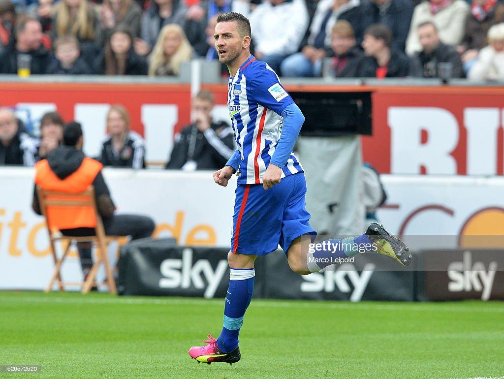 Vedad Ibisevic of Hertha BSC celebrates after scoring the 2:1 during the game between Bayer 04 Leverkusen and Hertha BSC on april 30, 2016 in Leverkusen, Germany.
