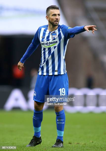 Vedad Ibisevic of Hertha BSC reacts during the Bundesliga match between Hertha BSC and Hamburger SV at Olympiastadion on October 28 2017 in Berlin...