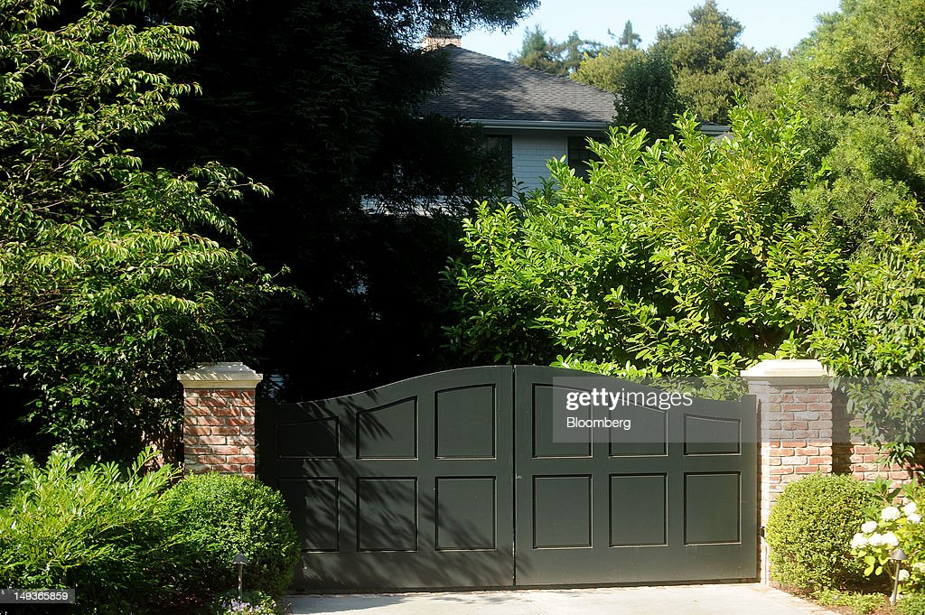 Vegetation covers the front of Facebook Inc's Chief Executive Officer Mark Zuckerberg's house in Palo Alto California US on Saturday July 14 2012...
