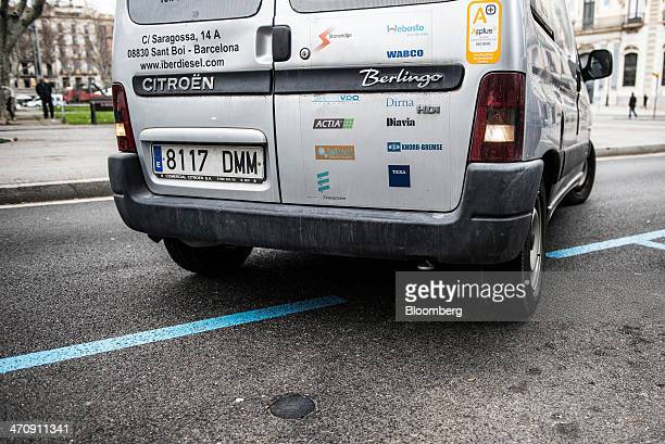 A vehicle parks on a free parking space equipped with a digital sensor which provides real time information on the availability of street parking in...