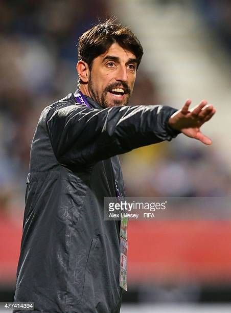 Veljko Paunovic the coach of Serbia shouts instructions during the FIFA U20 World Cup Semi Final match between Serbia and Mali at North Harbour...
