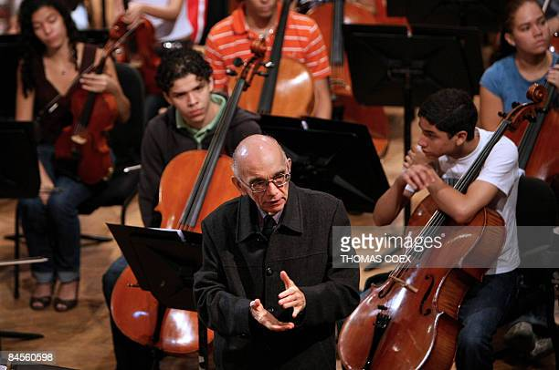 Venezuelan conductor and composer Jose Antonio Abreu delivers a speech to the young musicians of his orchestra in Caracas on January 30 2009 Abreu is...
