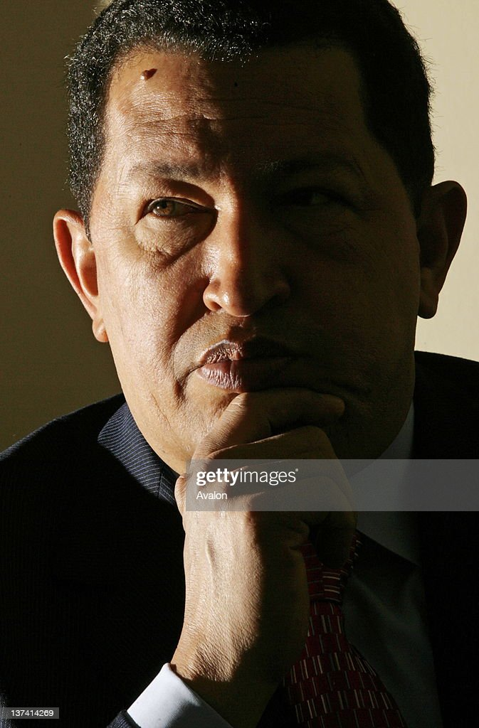 Venezuelan president <a gi-track='captionPersonalityLinkClicked' href=/galleries/search?phrase=Hugo+Chavez&family=editorial&specificpeople=171094 ng-click='$event.stopPropagation()'>Hugo Chavez</a> at thew Savoy Hotel in London. 15 May 2006.