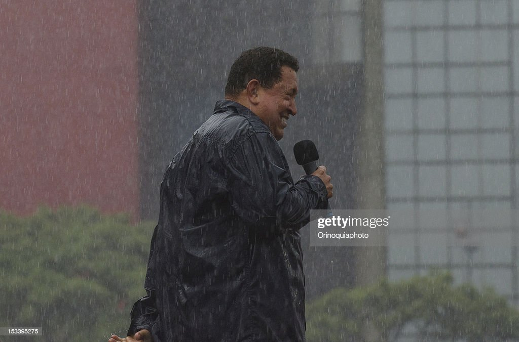 Venezuelan president Hugo Chavez speacks to the public during the closing rally of his campaign on October 04, 2012 in Caracas, Venezuela. Chavez will compete for the presidency with the opposition candidate Henrique Capriles in elections to be held next October 7.