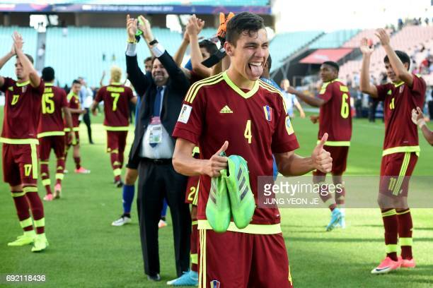 Venezuela's defender Nahuel Ferraresi reacts after winning their U20 World Cup quarterfinal football match against the US in Jeonju on June 4 2017 /...