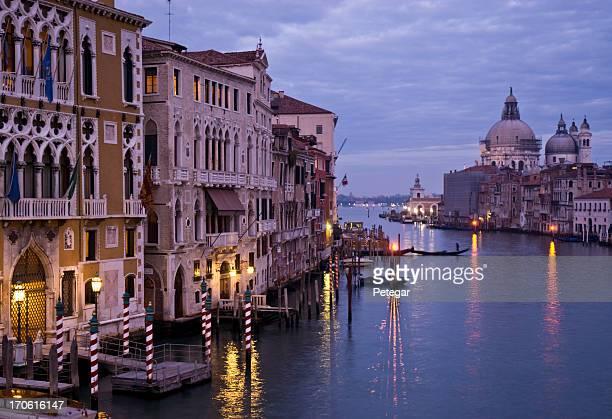 Venedig Canal Grande in der Abenddämmerung