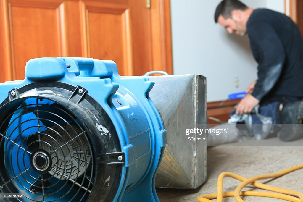 Ventilation Cleaner - On Work : Bildbanksbilder