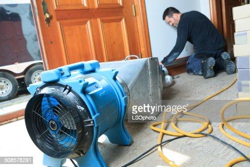 Belüftung Reinigungskraft-System arbeiten : Stock-Foto