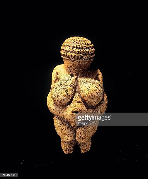 Venus of Willendorf statuette made of limestone made about 25000 BC Photography by Gerhard Trumler 1990 [Venus von Willendorf Statuette aus Kalkstein...
