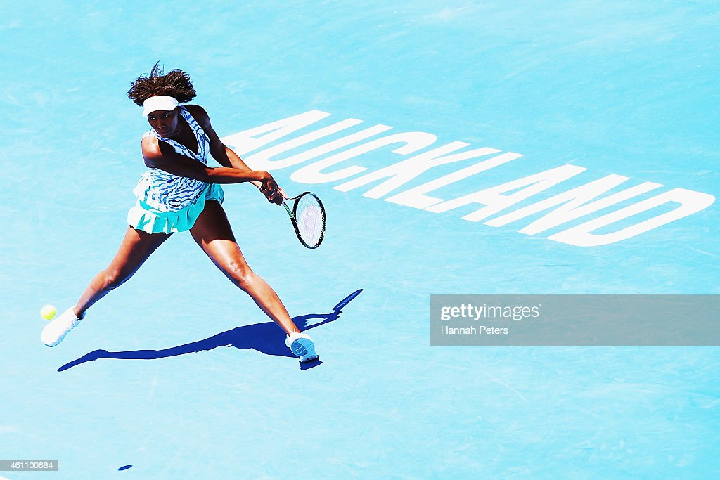 Venus Williams of USA plays a forehand during her match against Kurumi Nara of Japan during day three of the 2015 ASB Classic at ASB Tennis Centre on...