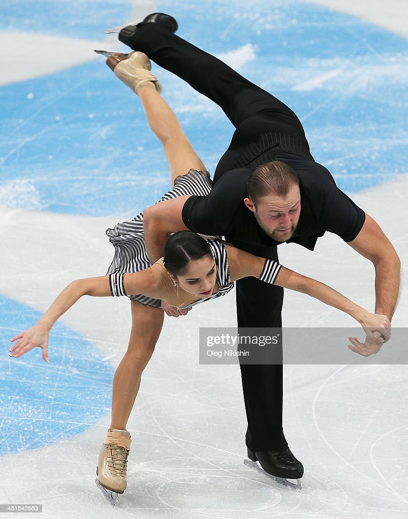 <a gi-track='captionPersonalityLinkClicked' href=/galleries/search?phrase=Vera+Bazarova&family=editorial&specificpeople=6740150 ng-click='$event.stopPropagation()'>Vera Bazarova</a> and Yuri Larionov of Russia skates in the Pairs Short Program during ISU Rostelecom Cup of Figure Skating 2013 on November 22, 2013 in Moscow, Russia. Photo by Oleg Nikishin/ Getty Images)