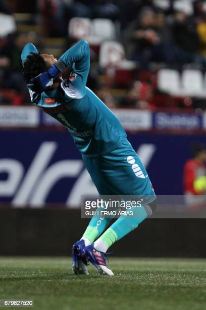 Veracruz's goalkeeper Pedro Gallese reacts during their Mexican Clausura 2017 Tournament football match against Tijuana at the Caliente Stadium in...