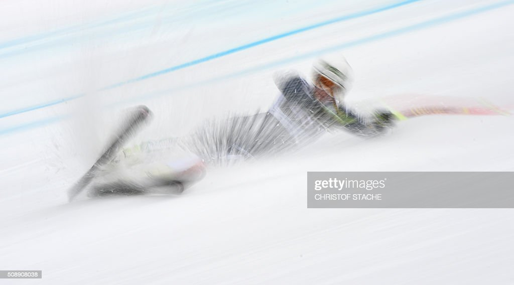 TOPSHOT Verena Gasslitter from Italy falls during the Ladies Super G competition race at the FIS Alpine Skiing World Cup in GarmischPartenkirchen...