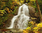 USA, Vermont, Green Mountains, Moss Glen Falls, autumn