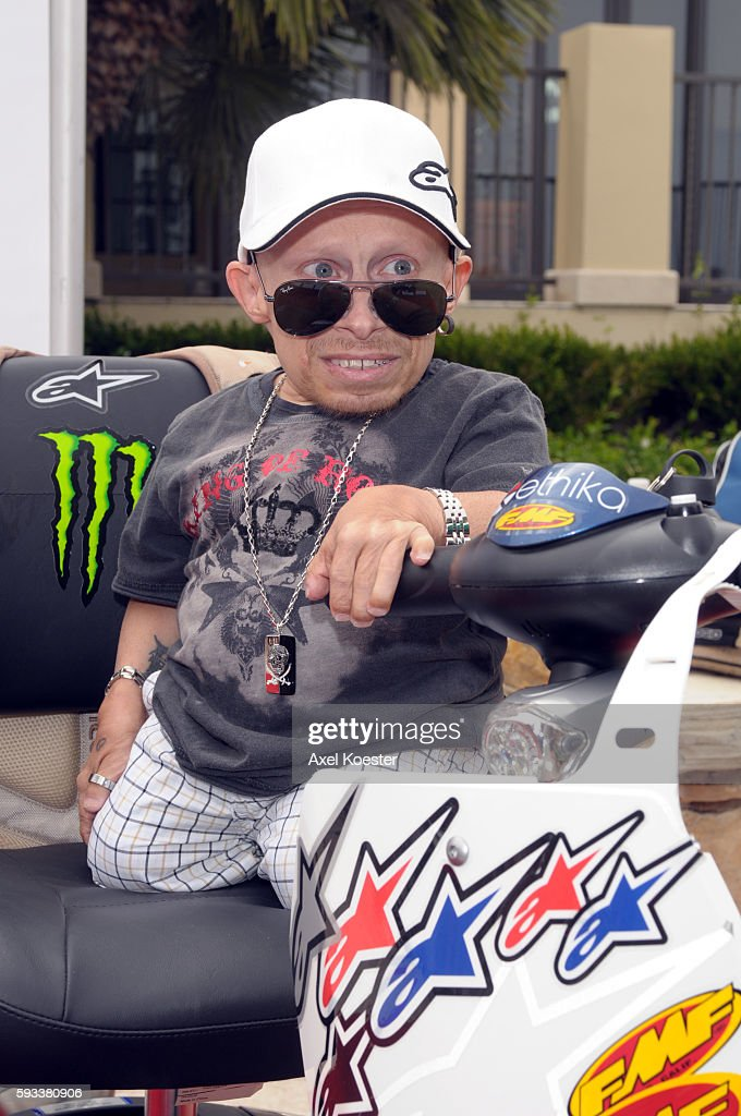 Verne Troyer arrives at the X Games Celebrity Skins Classic golf tournament for charity at Trump National Golf Club in Rancho Palos Verdes