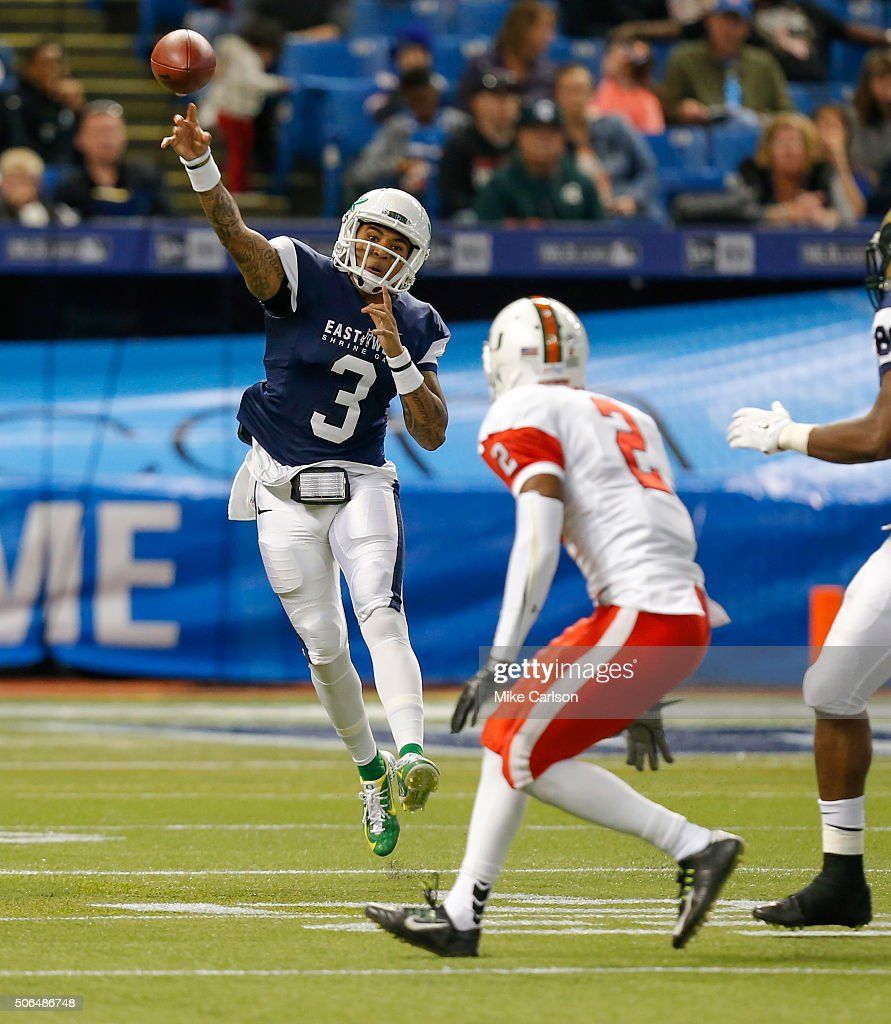 Vernon Adams Jr. #3 from Oregon playing on the West Team throws against the East Team during the first half of the East West Shrine Game at Tropicana Field on January 23, 2016 in St. Petersburg, Florida.