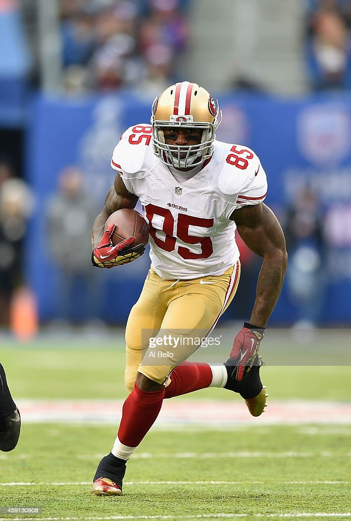 Vernon Davis of the San Francisco 49ers in action against the New York Giants during their game at MetLife Stadium on November 16 2014 in East...