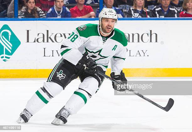 Vernon Fiddler of the Dallas Stars against the Tampa Bay Lightning at the Amalie Arena on March 7 2015 in Tampa Florida