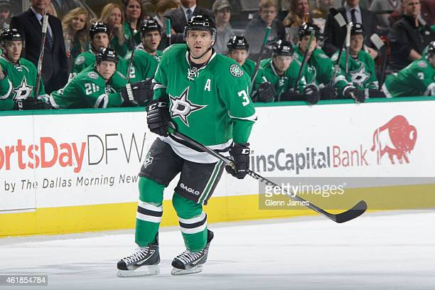 Vernon Fiddler of the Dallas Stars skates in his 700th career game against the Boston Bruins at the American Airlines Center on January 20 2015 in...