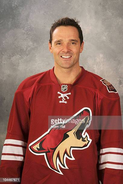 Vernon Fiddler of the Phoenix Coyotes poses for his official headshot for the 20102011 NHL season on September 17 2010 in Glendale Arizona