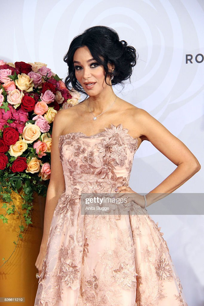 Verona Pooth attends the charity event 'Rosenball' at Hotel Intercontinental on April 30, 2016 in Berlin, Germany.