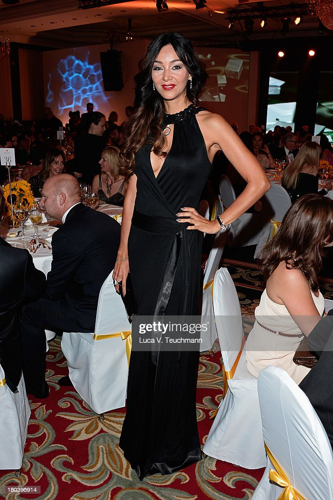 <a gi-track='captionPersonalityLinkClicked' href=/galleries/search?phrase=Verona+Pooth&family=editorial&specificpeople=156422 ng-click='$event.stopPropagation()'>Verona Pooth</a> attends the Dreamball 2013 charity gala at Ritz Carlton on September 12, 2013 in Berlin, Germany.