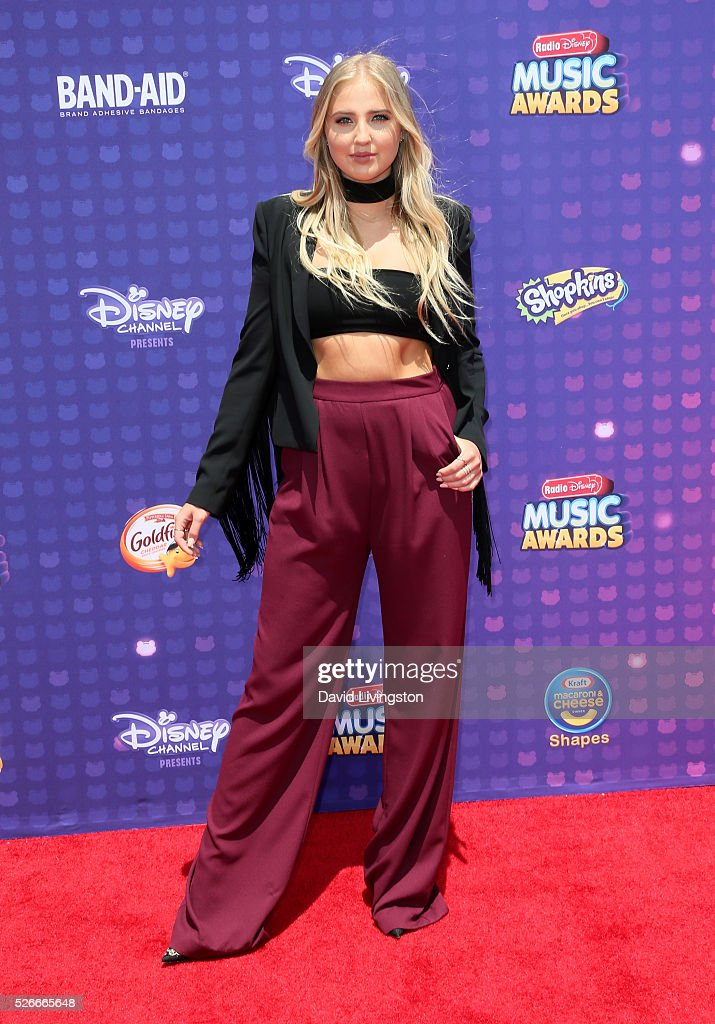 Veronica Dunne attends the 2016 Radio Disney Music Awards at Microsoft Theater on April 30, 2016 in Los Angeles, California.