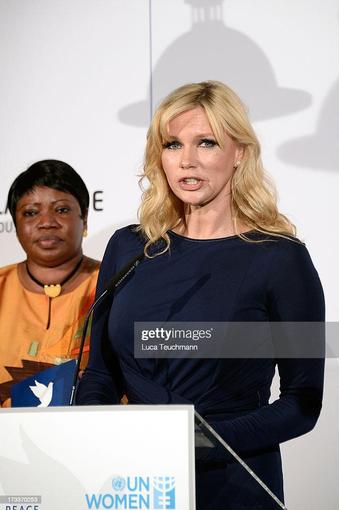 <a gi-track='captionPersonalityLinkClicked' href=/galleries/search?phrase=Veronica+Ferres&family=editorial&specificpeople=207167 ng-click='$event.stopPropagation()'>Veronica Ferres</a> attends the Cinema for Peace UN women honorary dinner at Soho House on July 12, 2013 in Berlin, Germany.