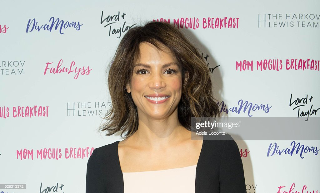 Veronica Webb attends '4th Annual DivaMoms Mom Moguls Breakfas' tat Lord & Taylor on May 4, 2016 in New York City.