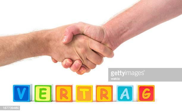 Vertrag with handshake