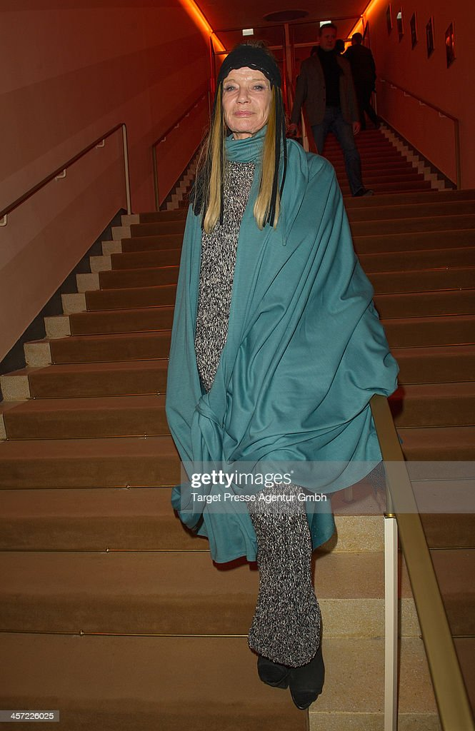 <a gi-track='captionPersonalityLinkClicked' href=/galleries/search?phrase=Veruschka&family=editorial&specificpeople=749611 ng-click='$event.stopPropagation()'>Veruschka</a> von Lehndorff attends the German premiere of the film 'The Physician' (german titel: 'Der Medicus') at Zoo Palast on December 16, 2013 in Berlin, Germany.